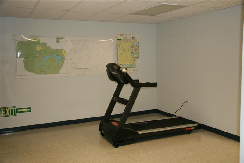 A view of the workout room.